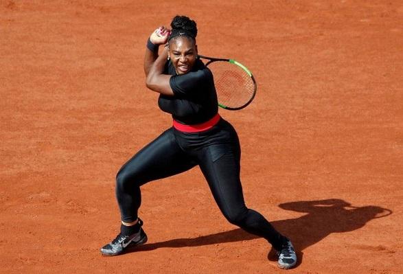 Vidéos - Retour gagnant pour Serena Williams à Roland-Garros