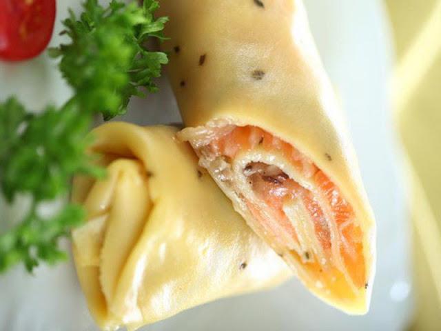 Visit Ha Giang province taste eggs rolls 1