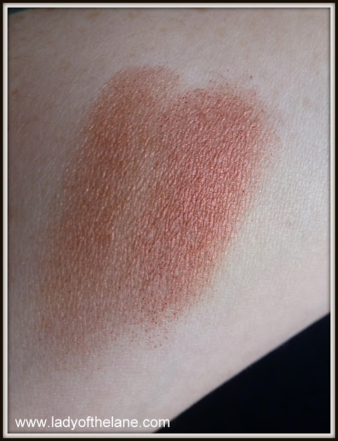 Le Metier de Beaute Fire Lily & Innocence Eye Shadows