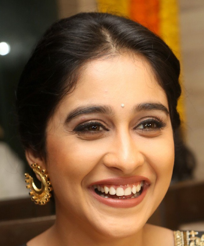 Tollywood Actress Face Close Up Stills Regina Cassandra