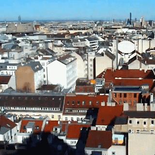 Blick über Wien zum Mileniumtower und DC Tower