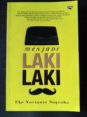 Cover Buku Menjadi Laki Laki
