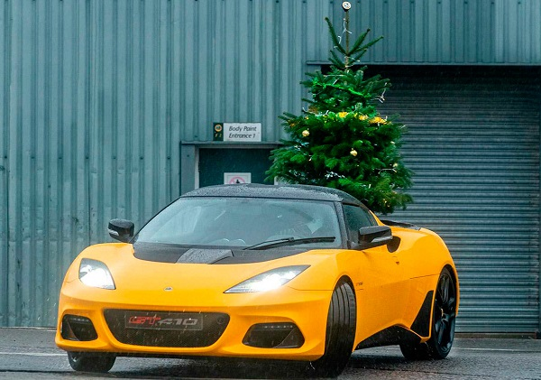 Lotus Evora GT410 Sport video navideño