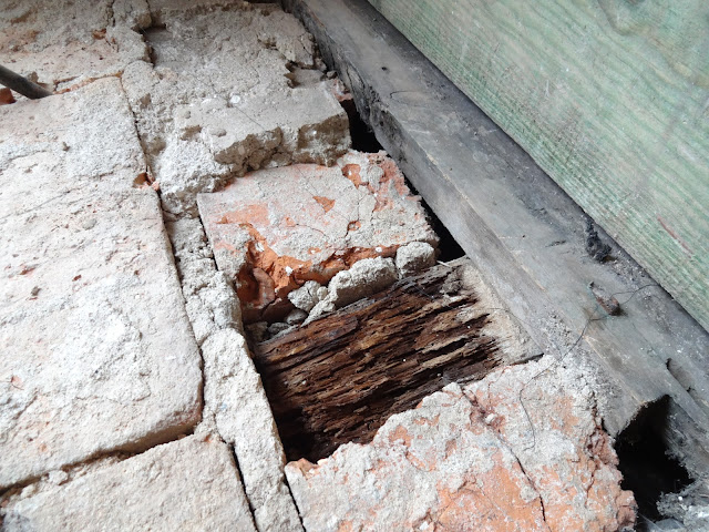 rotten joist ends in brickwork