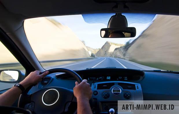 Arti Mimpi Naik Mobil