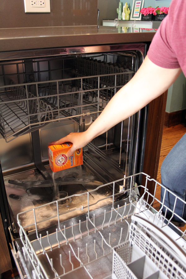 How to clean a dishwasher with baking soda