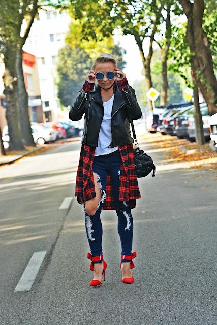 leather_jacket_black_white_top_karyn