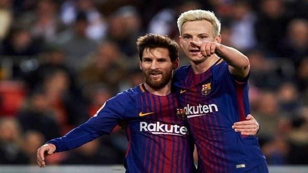 راكيتيتش يحسم الجدل حول مستقبله مع برشلونة
