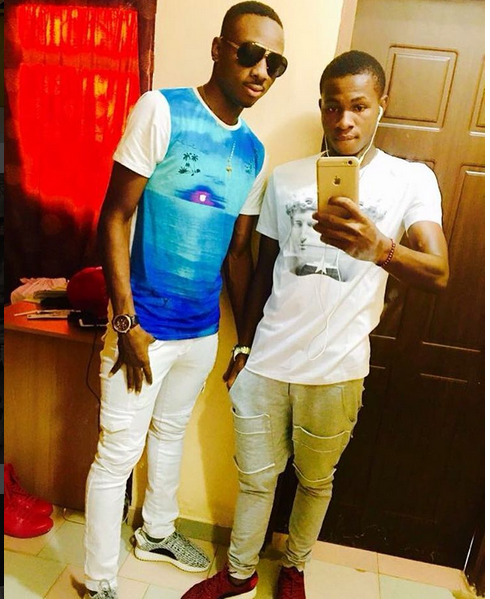 Nigerian Starlets, Kelechi Nwakali And Chukwueze Flaunts Their FIFA U17 Medals