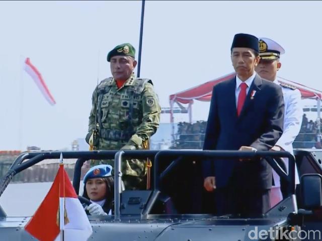 Presiden Jokowi: TNI di Atas Semua Golongan, Tak Masuk Politik Praktis