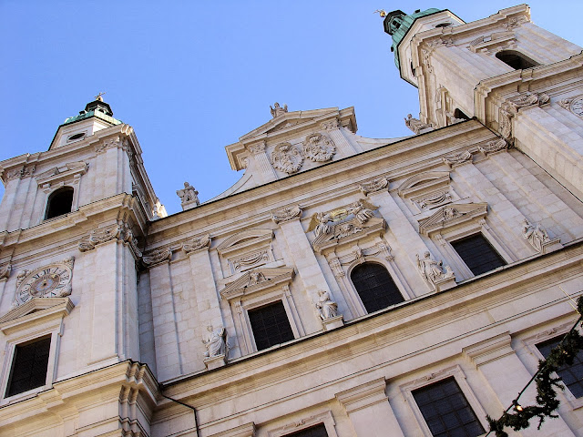 The Salzburg Cathedral is where the Christkindlmarkt awaits.