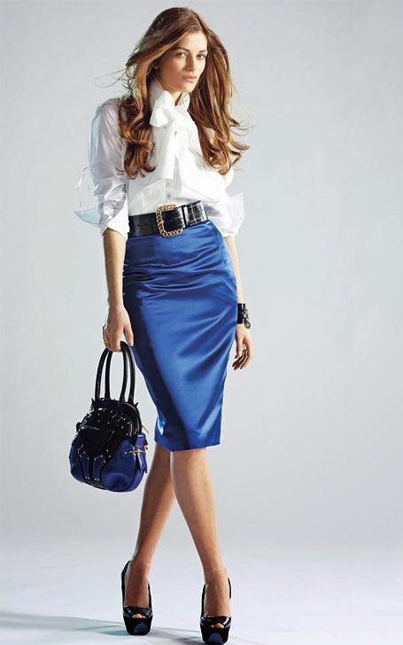 May 08,  · How to Wear a Black Skirt. The black skirt can be one of the most versatile pieces in a woman's wardrobe. A knee-length pencil skirt often proves especially adaptable, but A-line skirts and other cuts also work well%().