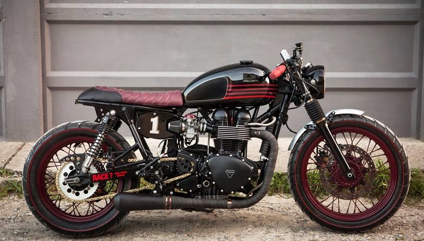 Hell kustom triumph bonneville by iron pirate garage - Garage peugeot bonneville ...