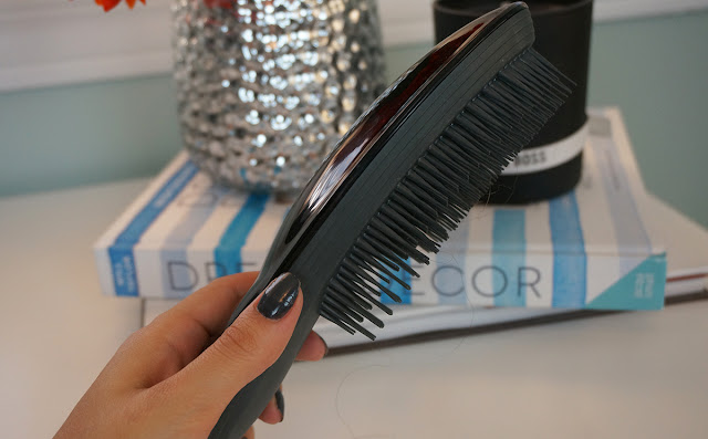 Tangle Teezer's ultimate finish hair brush