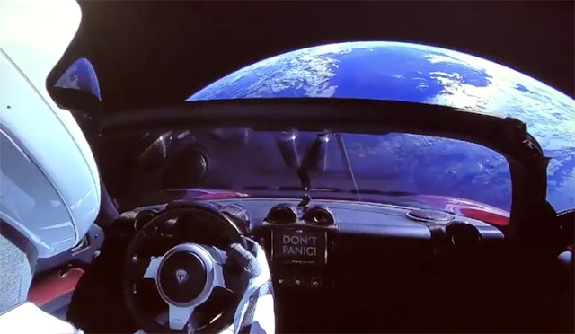 STar Man - Tesla falcon Heavy