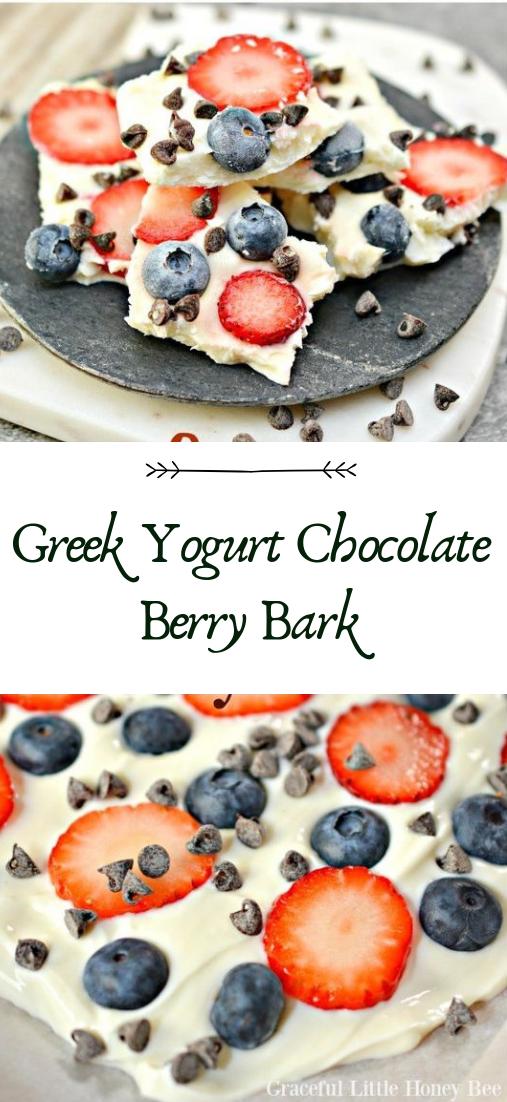 Greek Yogurt Chocolate Berry Bark  #desserts #cakerecipe