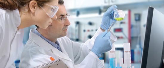 urine drug test in a lab