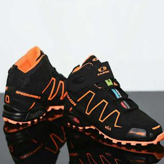 sepatu gunung salomon murah