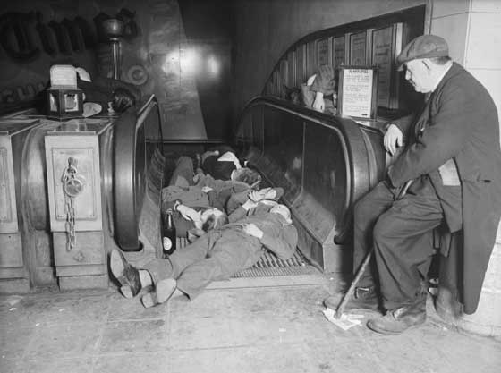 Funny Vintage Photos Of People Taking Naps Vintage Everyday