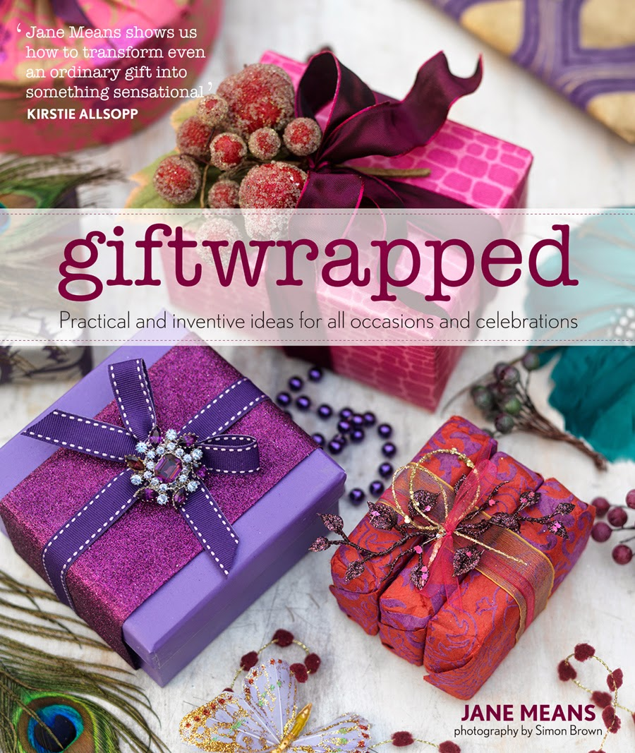 jane means, gift wrapped, jacqui small publishing, caroline davis stylist, trend-daily blog, book review, ribbons