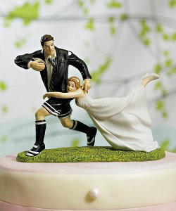 rugby couple wedding cake topper cakechannel world of cakes 06 01 2011 07 01 2011 19463