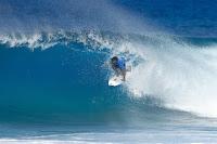 50 Italo Ferreira Billabong Pipe Masters foto WSL Damien Poullenot