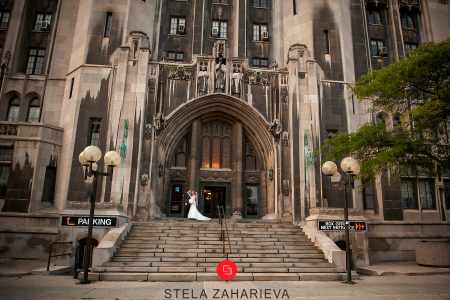 Jamie And Seggie Chose The Perfect Location To Host Their Detroit Nuptials Masonic Temple Was A Beautiful Backdrop Wedding