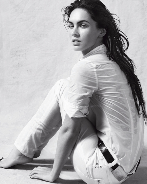 Megan Fox, photos, wallpapers, images, movies, Hot megan fox photos, megan fox sexy photos, megan fot hot images, hollywood hot celebrities photos, hot celebrites photos, most popular celebrities, hot and sexy celebrities