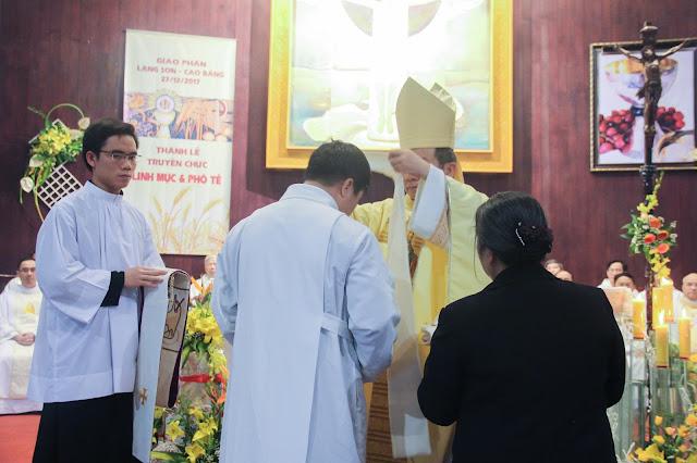 Lễ truyền chức Phó tế và Linh mục tại Giáo phận Lạng Sơn Cao Bằng 27.12.2017 - Ảnh minh hoạ 154