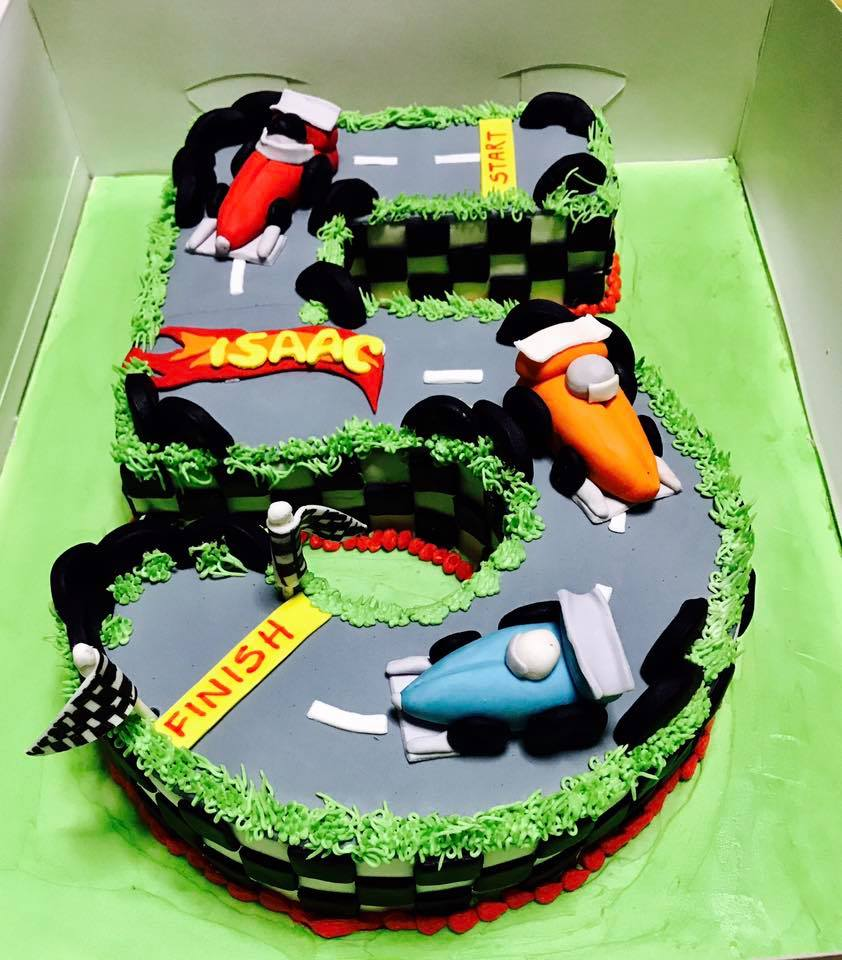 halal wedding cake singapore izah s kitchen number 5 shaped racing track themed cake 15036