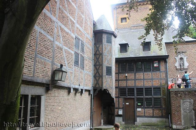 Oldest buildings in Liege