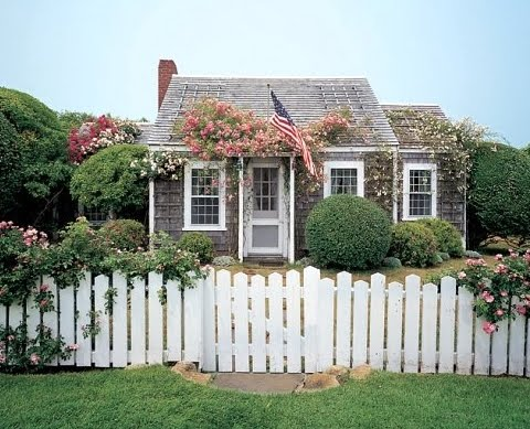 The Nantucket Cottage Decor Style - Coastal Decor Ideas ... on nantucket small house plans, vacation house plans, 18 century victorian house plans, coastal house plans, french country house plans, nantucket beach cottage, narrow house plans, low country house plans, hawaii house plans, wayne homes ohio floor plans, shingle style house plans, southern house plans, craftsman house plans, hampton style house plans, contemporary beach house plans, small beach house plans, european house plans, architecture beach house plans, beach cottage house plans, bunker style house plans,