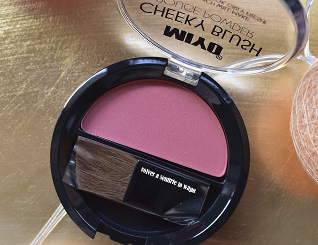 Colorete Cheeky Blush de Miyo en el tono 04 Apple