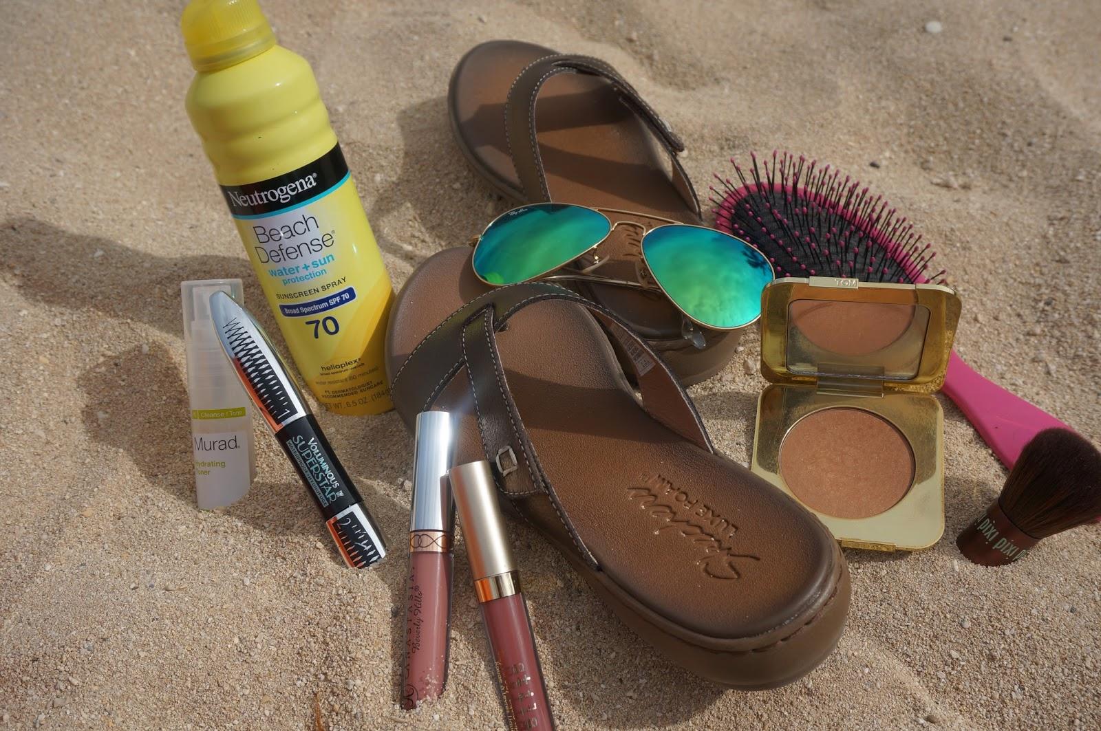 beach essentials, what's in my beach bag, summer beauty essentials