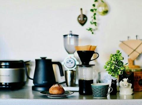 7 Cara Membuat Cafe atau Tempat Makan Mu Laris Manis di Serbu Pembeli