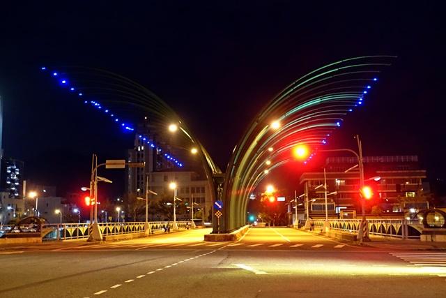 蝴蝶橋/清新橋、藍天白雲橋~台中大坑景點