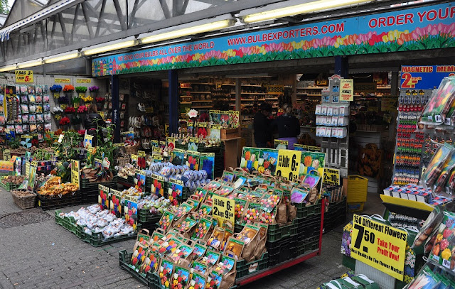 Como chegar no mercado de flores flutuante em Amsterdã