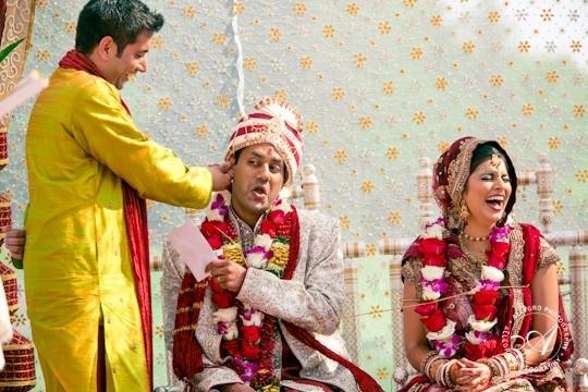 Funny Jokes SMS in Hindi Indian on Gupta Ji Shadi Main