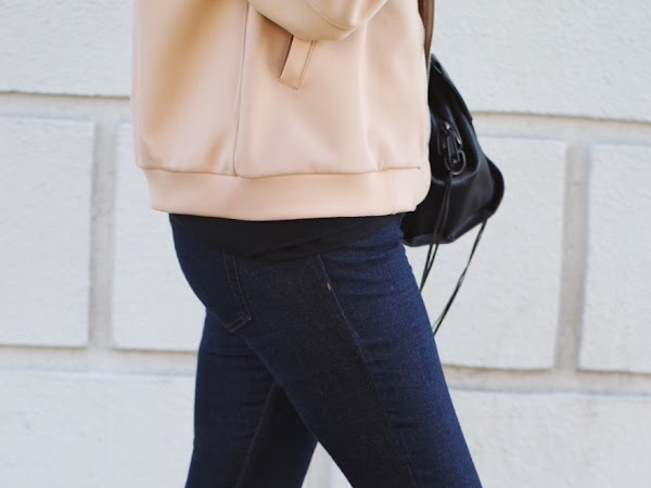 Frayed Jeans: The Easiest DIY for Spring