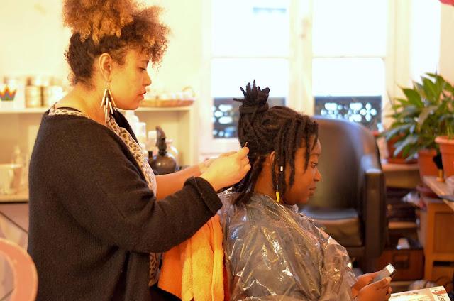 BILAN Anniversaire 1 an de locks - salon lockticienne NIOUSHA BANTOO - AfroMangoCie