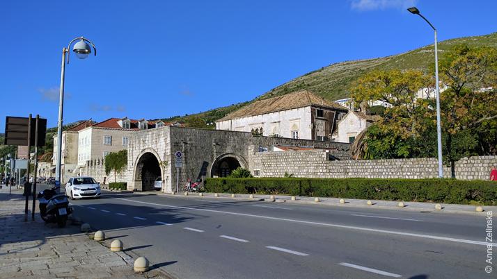 Улица около порта, Дубровник