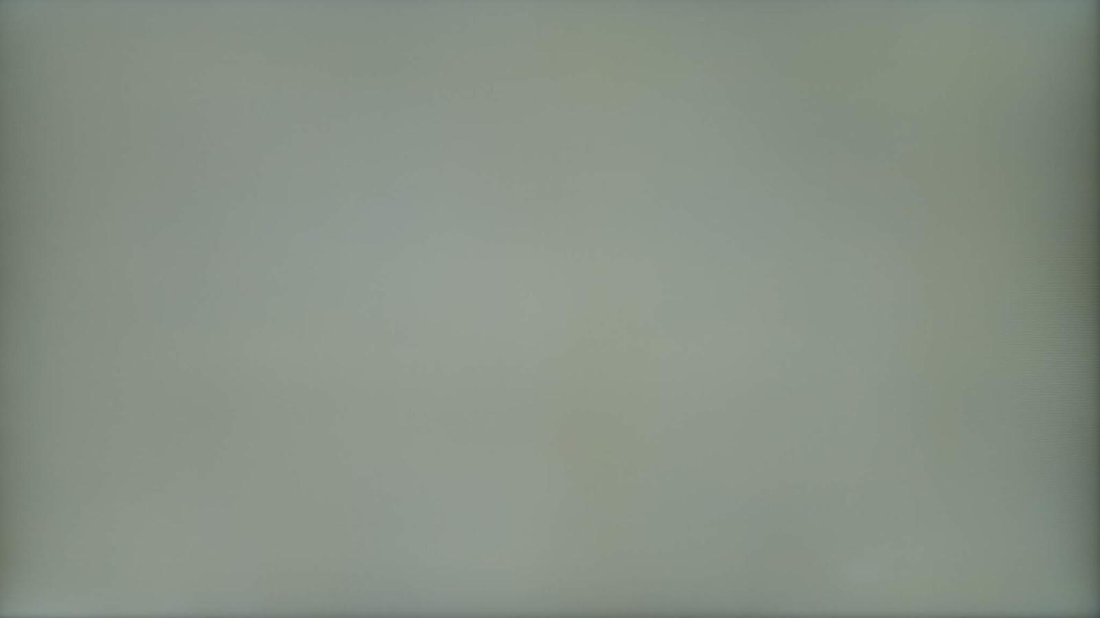 Uniformidad de colores grises del televisor Samsung Q70T