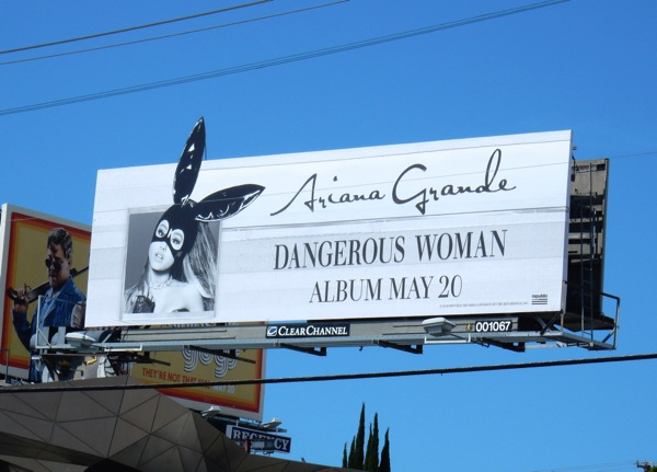 Ariana Grande Dangerous Woman album billboard