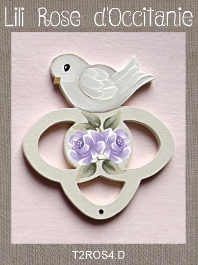 """Tri-fils 3 anneaux bois peint """"Colombe et roses mauve"""". Broderie et point de croix"""