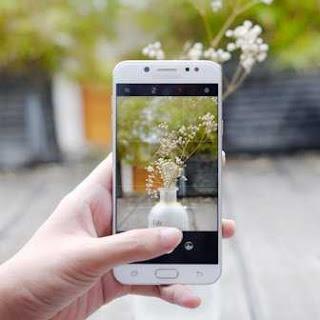 Smartphone/Hp Samsung Terbaik dan Terbaru Galaxy J7+ (SM-C710FZDDXI)
