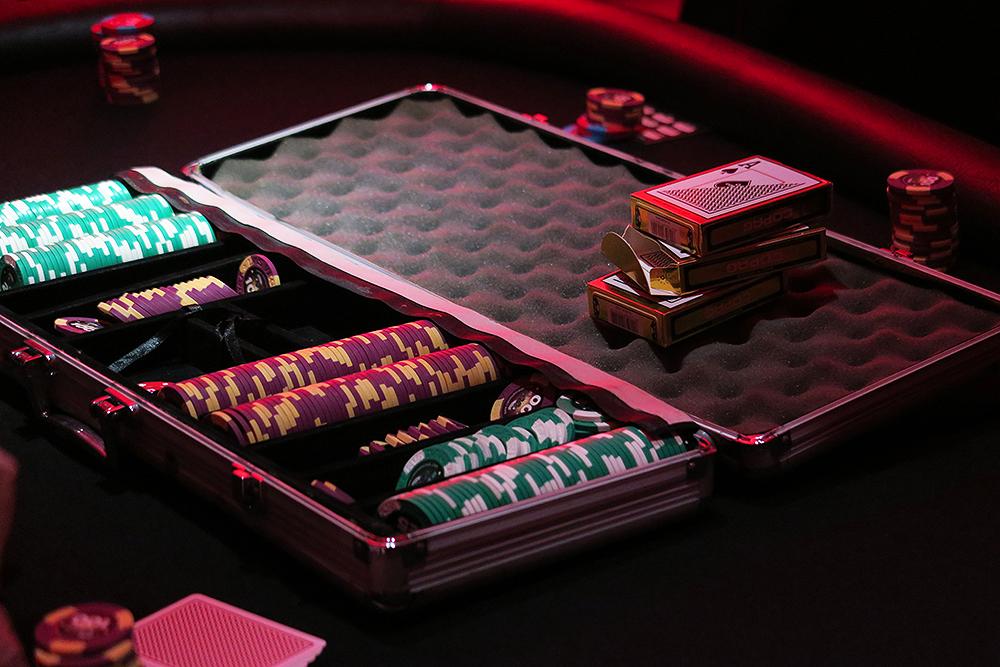Poker set at the Ladbrokes Great Gatsby Casino Night - #HoldEm4Charity