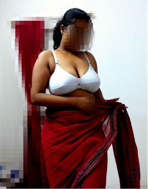 hot aunty in bedroom,sexy boobs of aunty,aunty boobs fucking,sexy hot aunty boobs clevage,punjabi aunty ke gore boobs