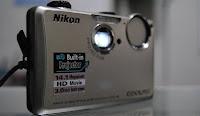jual kamera + proyektor mini nikon s1100pj