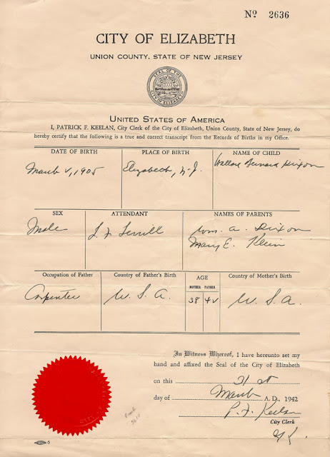 Birth record for Wallace Bernard Dixon issued 31 March 1942, showing corrected name.