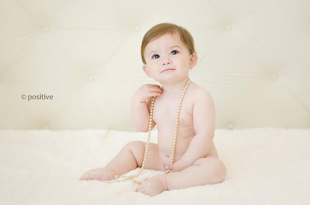 Foto de bebé realizada por Leticia Martiñena en el estudio de Positive en Roldán